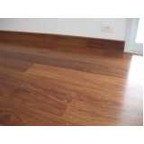 piso assoalho de madeira