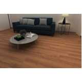 loja de piso vinílico imitando madeira Luz