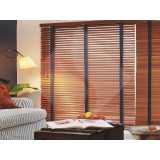 persiana em madeira horizontal