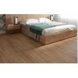 pisos laminado imitando madeira Jacareí
